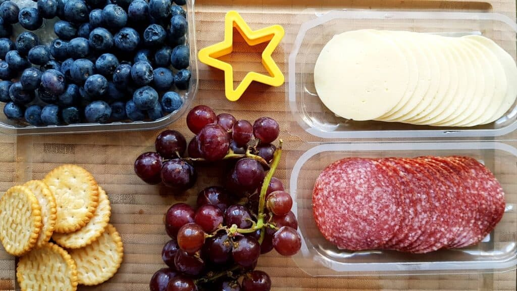 ingredience snack tray