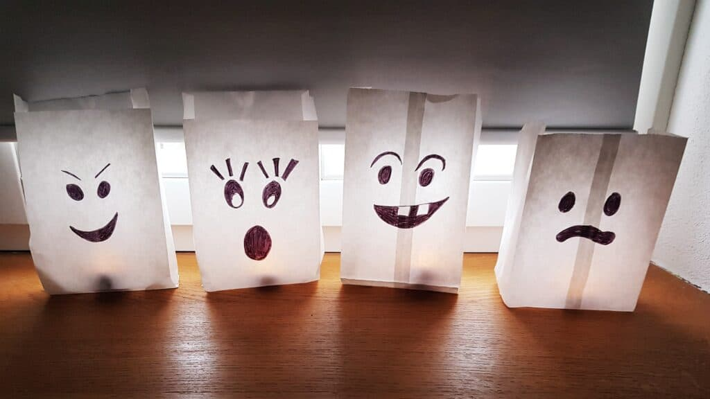 flame-free Halloween craft