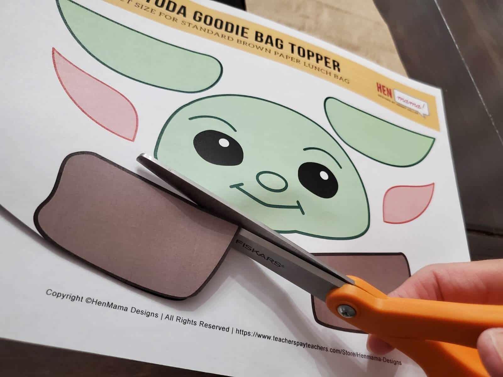 Baby Yoda Paper Craft