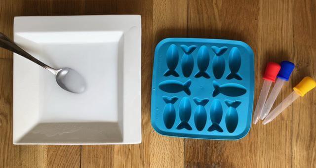Baking Soda Ice Cubes Materials